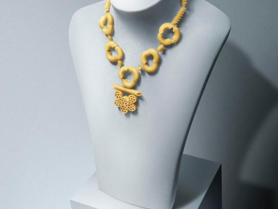 Lima Outlet Center Print Ad -  Necklace