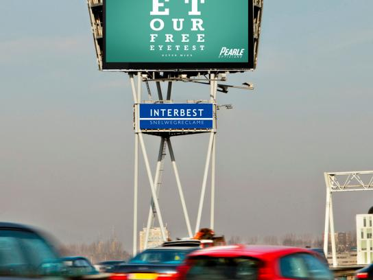 Pearle Opticians Outdoor Ad -  Eye Test
