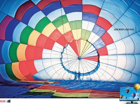 Toshiba Print Ad -  Parachute