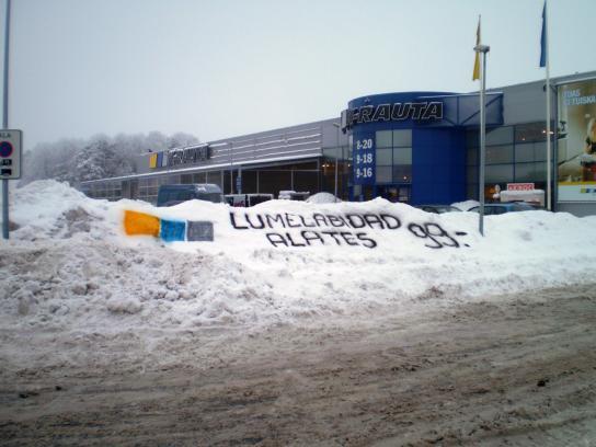 K-rauta Ambient Ad -  Snow shovels