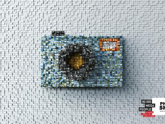 Photoshow Print Ad -  Pixel made camera