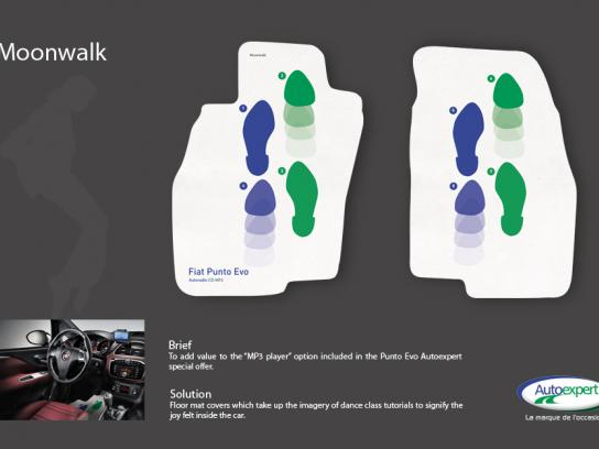 Fiat Ambient Ad -  Moonwalk
