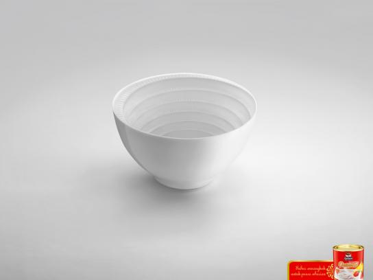 Quaker Outdoor Ad -  Bowl