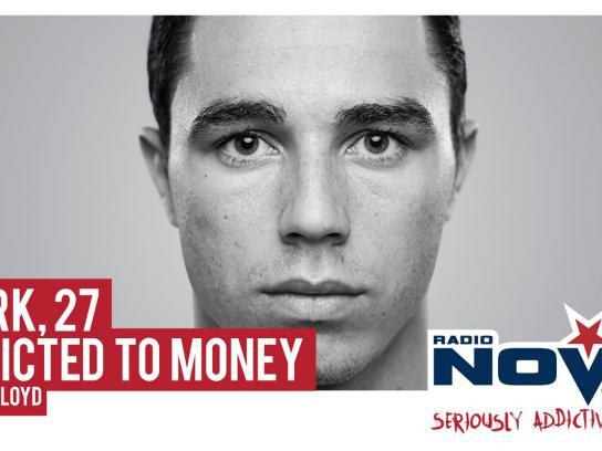 Radio Nova Outdoor Ad -  Money