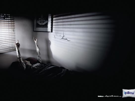 iPillow Print Ad -  Rocker