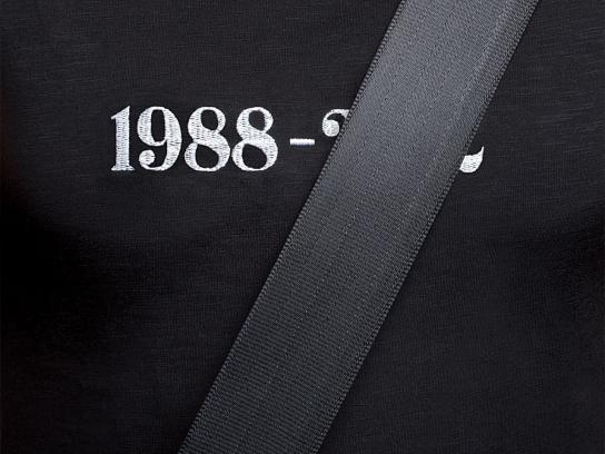Quebec Automobile Insurance Society Print Ad -  Seatbelts, Black