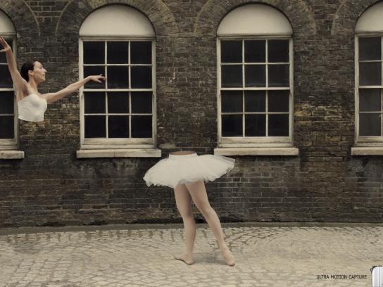Samsung Print Ad -  Ballerina