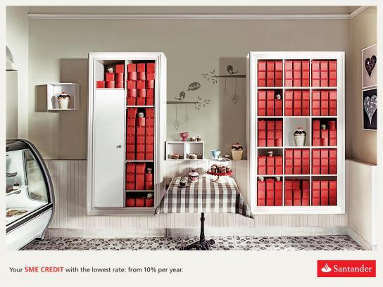 Santander Print Ad -  Cupcake Store