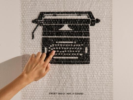 Saxsofunny Ambient Ad -  Typewriter