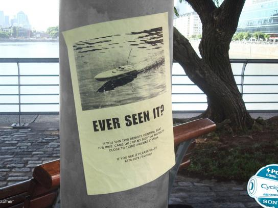 Sony Print Ad -  Boat