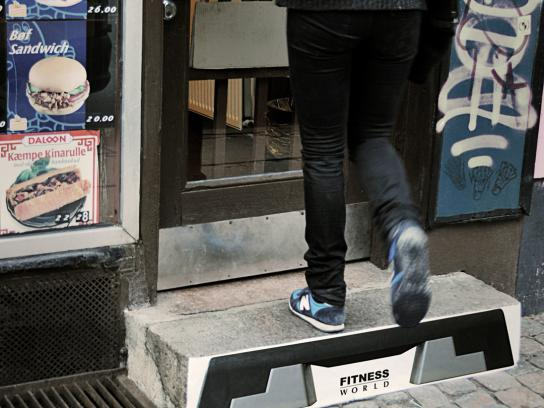 Fitness World Ambient Ad -  Steps
