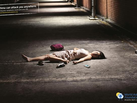World Asthma Foundation Print Ad -  Street