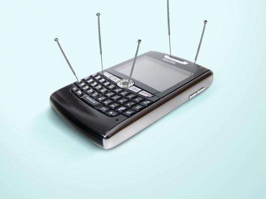 Esmenta Print Ad -  Mobile Phone