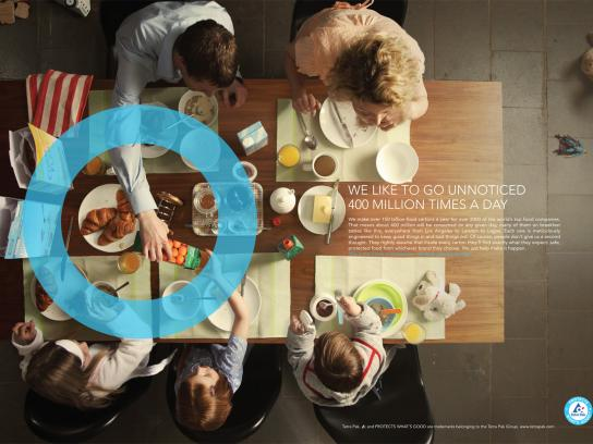 Tetra Pak Print Ad -  Breakfast table