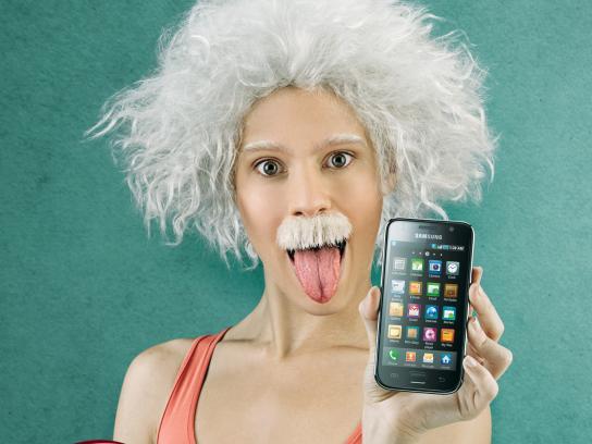 Tigo Print Ad -  Smartphone, 2