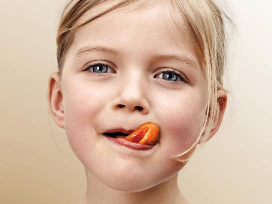 Hiltl Print Ad -  Tongue, Girl