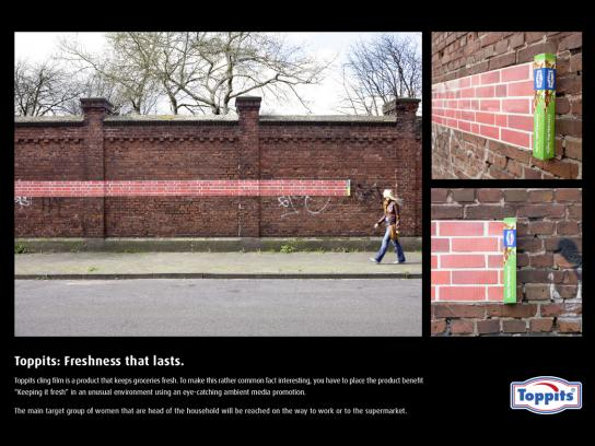 Toppits Ambient Ad -  Wall