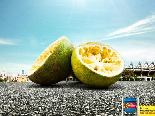 Vive Barranquilla Limpia Print Ad -  Lemons