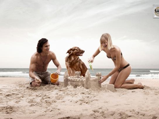Tulipan Print Ad -  Puppies, Sand Castle
