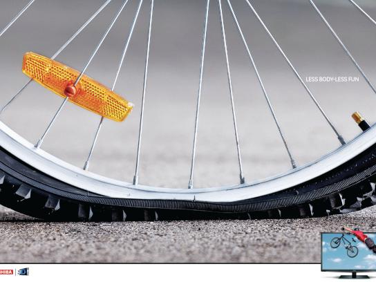 Toshiba Print Ad -  Tyre