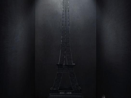 Via Terra Print Ad -  Eiffel tower