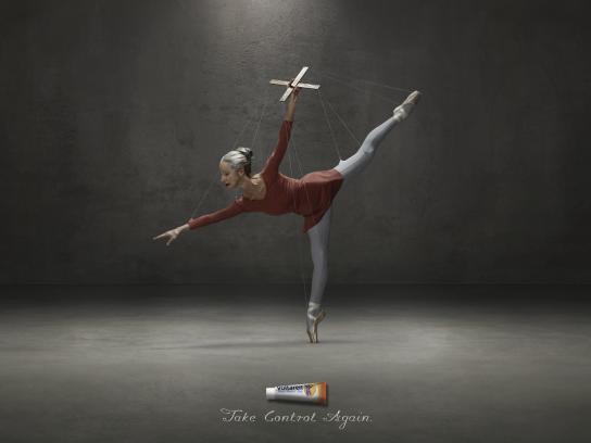 Voltaren Print Ad -  Ballet