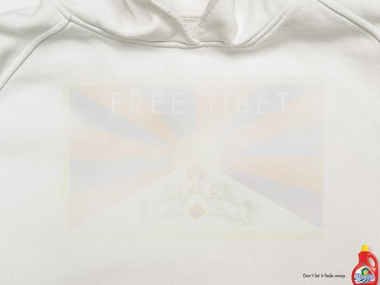 Woolite Print Ad -  Free Tibet