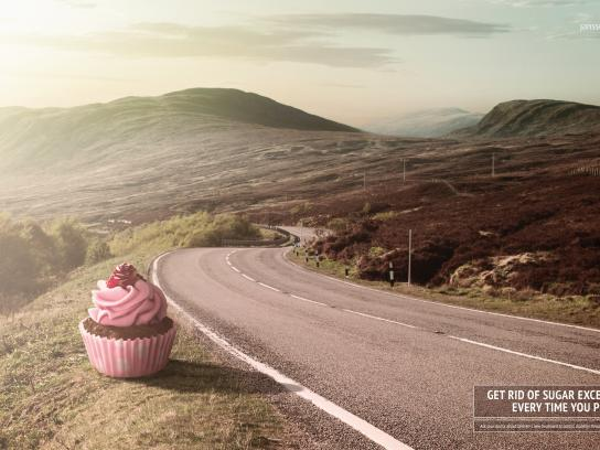 Janssen Print Ad -  Cupcake