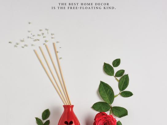 Iris Home Fragrances Print Ad - Rose