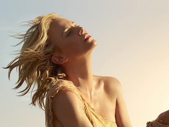 Dior Print Ad - J'adore Injoy