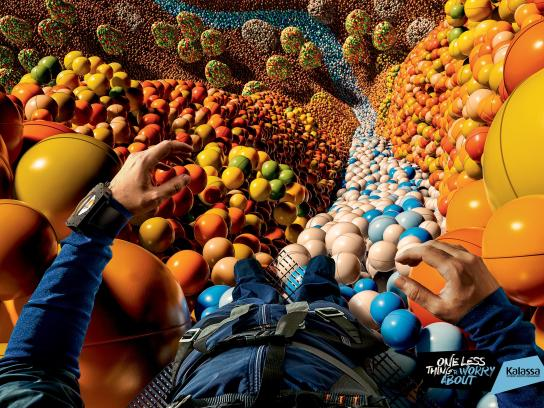 Kalassa Print Ad -  Worry less - Base jumping