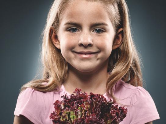 Freddo Print Ad - Kids and Vegetables, 3