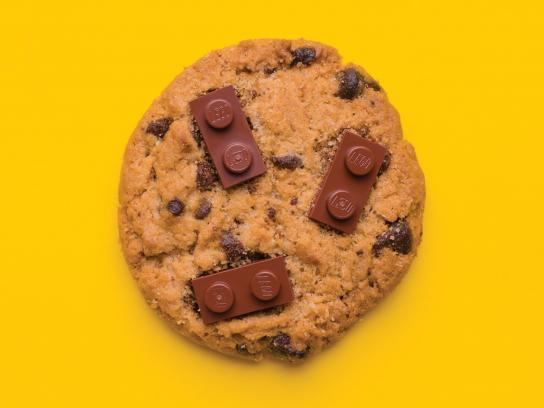 Legoland Print Ad - Child Imagination is Important, Just Like Food! - Cookie