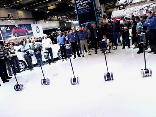 Mazda Ambient Ad -  Robots