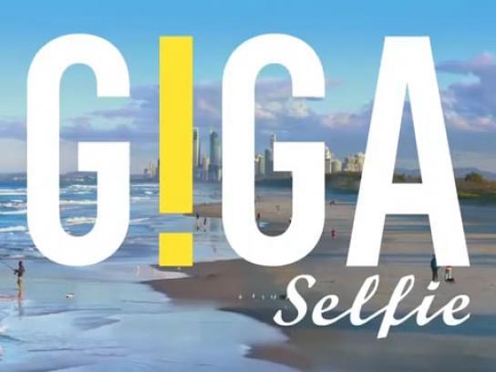 Tourism Australia Digital Ad - Giga Selfie