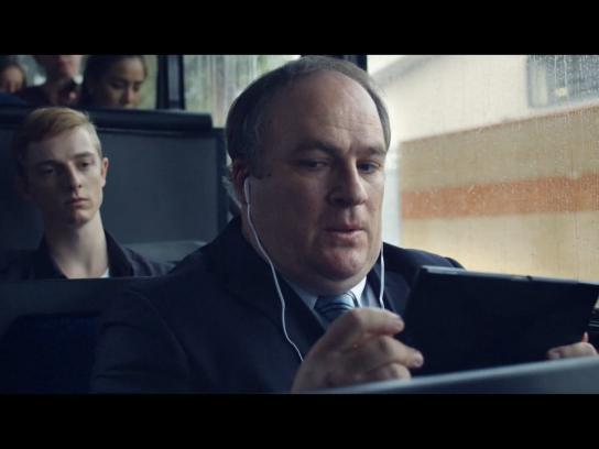 Foxtel Film Ad -  Bus