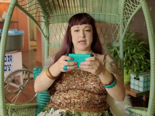 Gazelle Film Ad - Neen