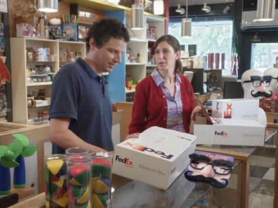 FedEx Film Ad - Goofy glasses