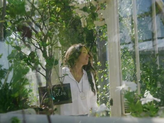 Kilz Film Ad - Garden
