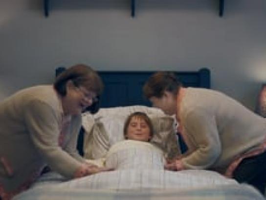 Lance Crackers Film Ad - Grandma Sandwich