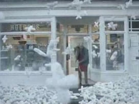 Freeview Film Ad -  Snowfall