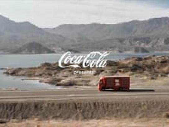 Coca-Cola Ambient Ad -  The Cheering Truck