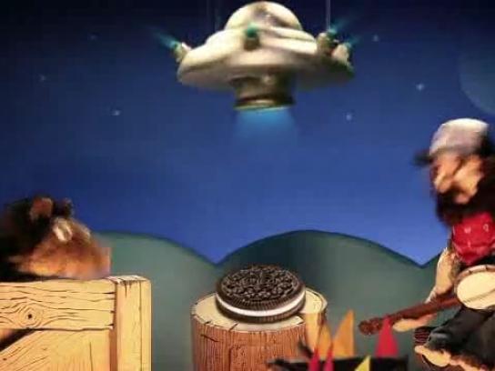 Oreo Film Ad -  UFO