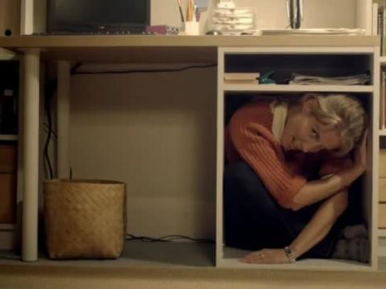 Unum Film Ad -  Woman climbing out of a tiny box
