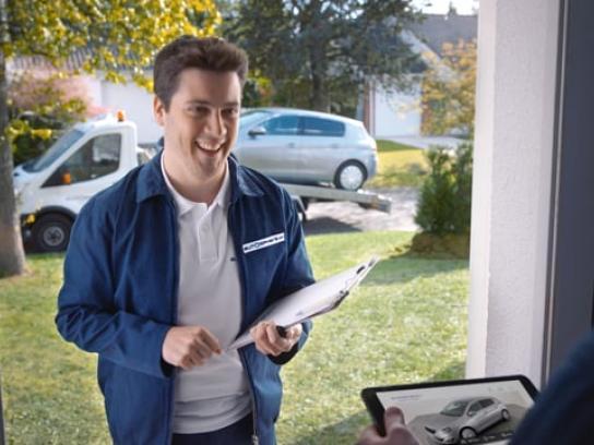Autosphere Film Ad - The Doorbell