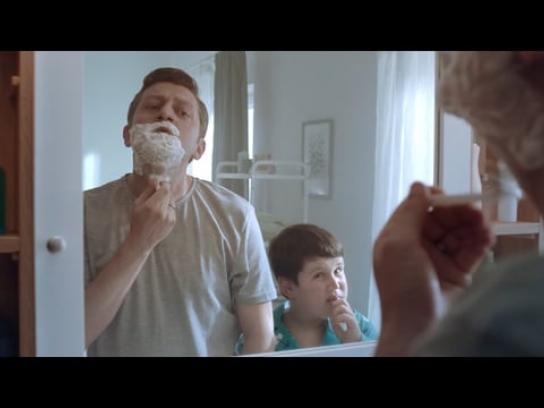 Anadolu Hayat Emeklilik Film Ad - Bathroom