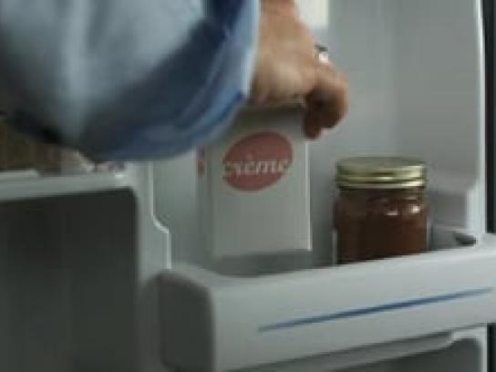 Creme Film Ad -  Twin