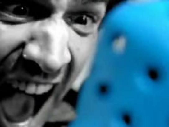 Crocs Film Ad -  Scream