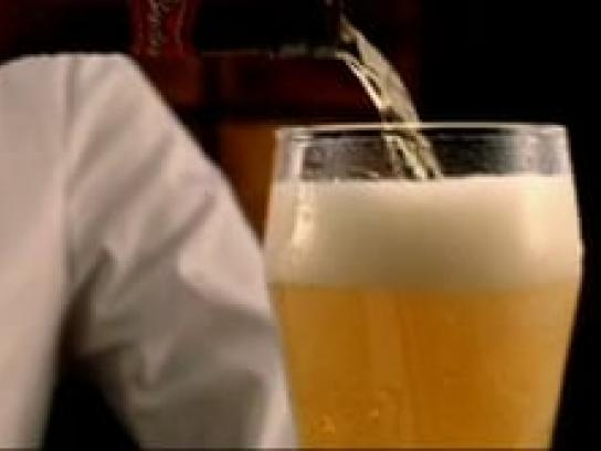 Budweiser Film Ad -  The perfect pour
