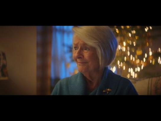 PayPal Film Ad - When You've Bought The Wrong Gift